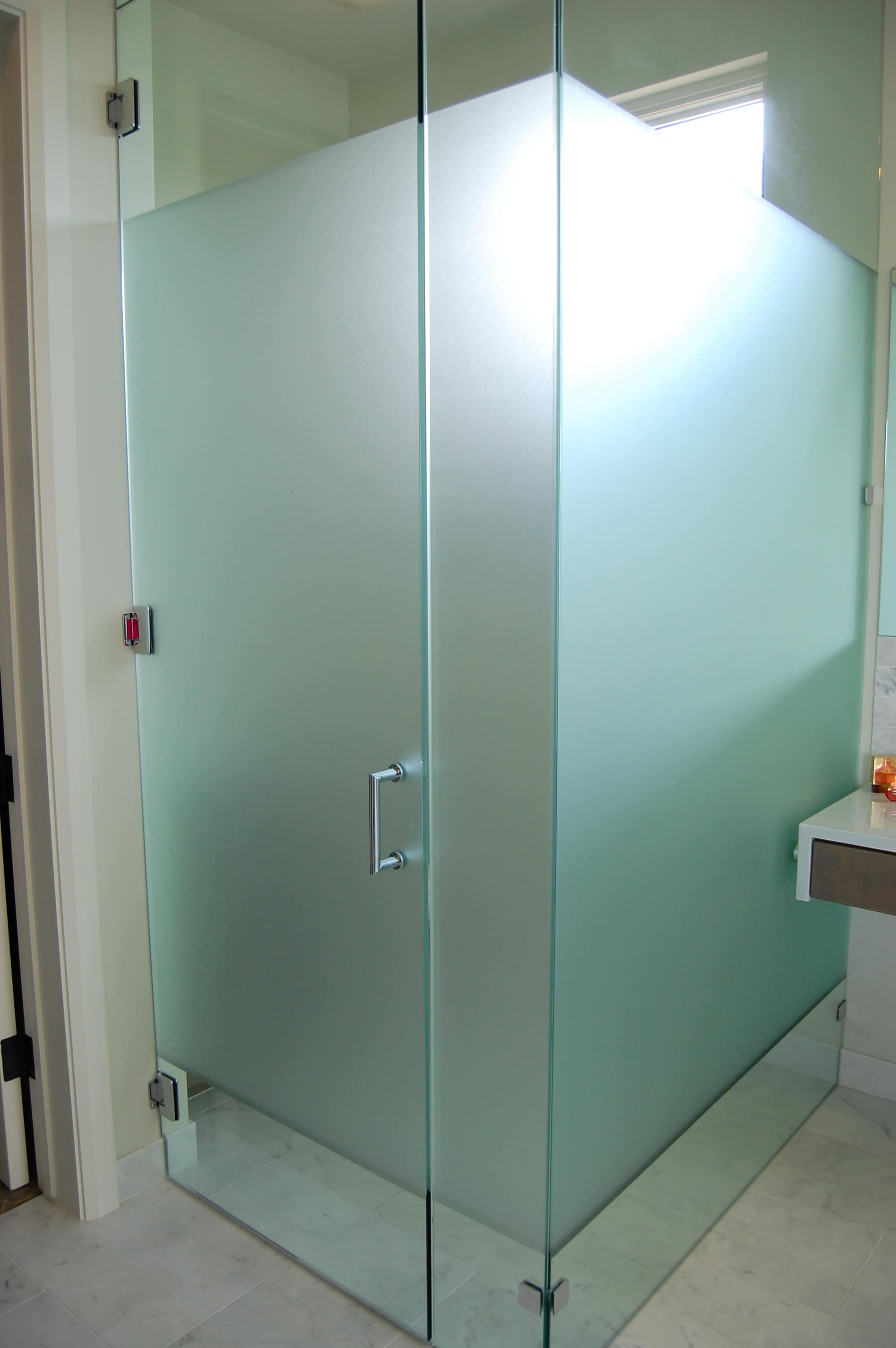 Shower glass harbor all glass mirror inc for Bathroom designs glass